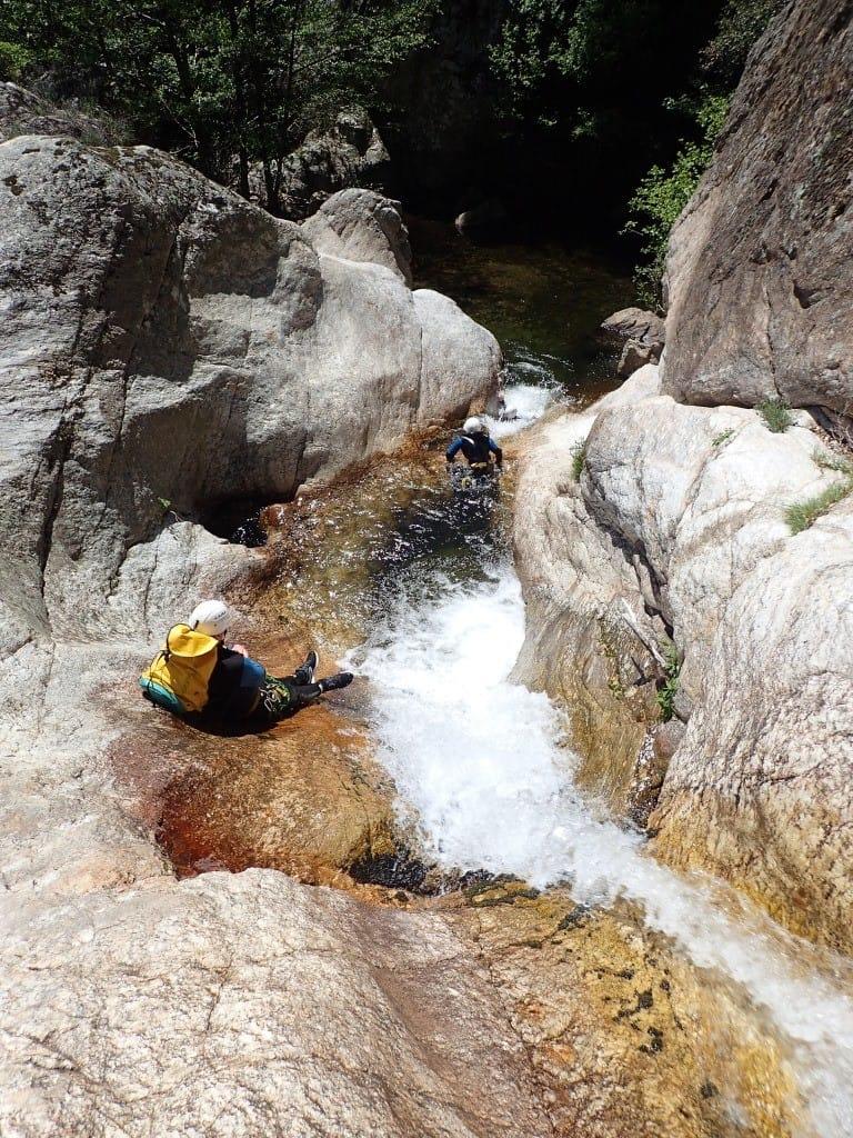 Descente dans un bassin du canyon du Rec Grand