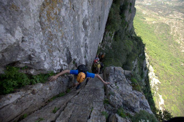 Passage vertical du parcours aventure du Pic Saint Loup
