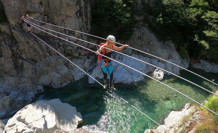Pont de singe sur la via ferrata du tapoul